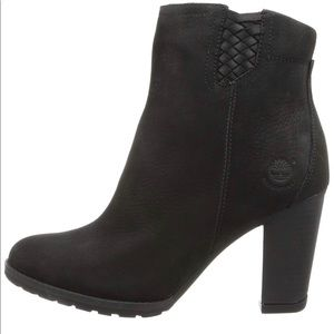 Like New- Timberlands Leather Booties